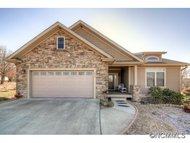 253 Fates Circle Flat Rock NC, 28731