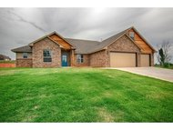 3712 Black Forest Newcastle OK, 73065