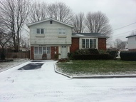 282 W 19th St Deer Park NY, 11729