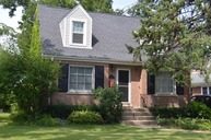 318 North Elmhurst Avenue Mount Prospect IL, 60056