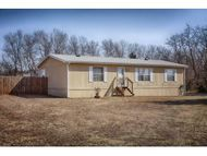 8453 Cedar Break Dr. Noble OK, 73068