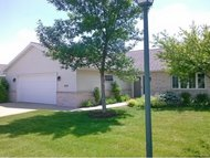 1677 Twin Lakes Cr Green Bay WI, 54311