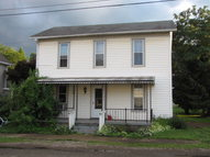116 E First St Perrysville OH, 44864