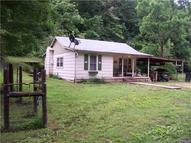 1371 Bear Creek Trl Centerville TN, 37033
