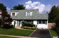 104 Yorkshire Dr East Norwich NY, 11732