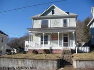 643 Court Avenue Weston WV, 26452