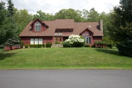 30 Pinetree Mountain Top PA, 18707