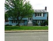 11 Barbara Circle Woburn MA, 01801