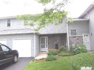 113 Alicia Dr #113 North Babylon NY, 11703
