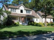 6 Bradley Ln East Moriches NY, 11940