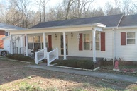 208 East Lake St Camden TN, 38320