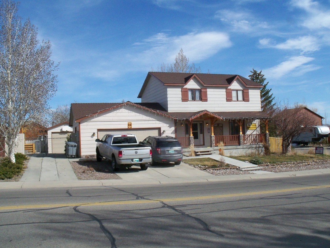801 Madison Rock Springs WY, 82901