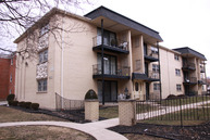 2049 N. Harlem Avenue #1e Chicago IL, 60607