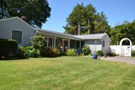 1 Coot Rd Locust Valley NY, 11560