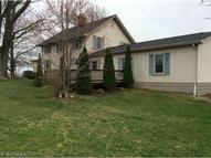 5111 Millrock Rd New Waterford OH, 44445