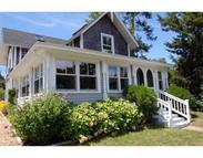 5 Wamsutta Ave Oak Bluffs MA, 02557