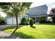 210 Island Dr Middletown RI, 02842