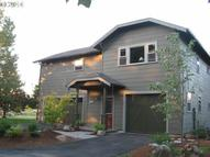 4421 Snowberry Hood River OR, 97031