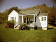 2439 Old Bramwell Rd Bluefield WV, 24701