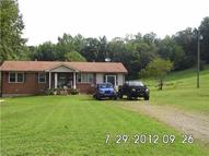 450 Upper Alsup Rd Tennessee Ridge TN, 37178