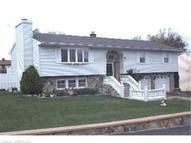 128 Kendall Cir Waterbury CT, 06708