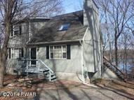 144 Upper Lakeview Dr Hawley PA, 18428