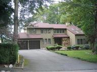 11 Apple Tree Ln Landing NJ, 07850