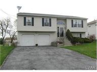 697 Oakwood Street Easton PA, 18045
