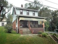 817 Fourth / 4th East Mc Keesport PA, 15035
