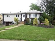 2559 Nelson Dr Seaford NY, 11783