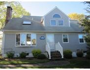 18 Cove St Onset MA, 02558