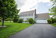 71 Samson Lane Middletown RI, 02842