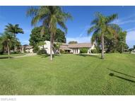 2423 Se 28th St Cape Coral FL, 33904