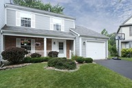 828 Handley Court Mundelein IL, 60060