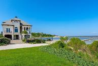 506 Surf Oaks Seabrook TX, 77586