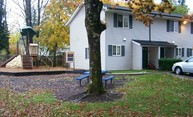 24 Nw Clark St # D8 Cascade Locks OR, 97014