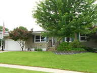 2728 Meadowbrook Burlington IA, 52601