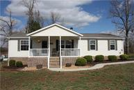 395 Peachers Ln Indian Mound TN, 37079