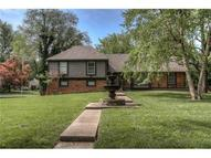 501 W 114th Terrace Kansas City MO, 64114