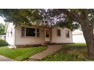 3310 Gleaves Court Des Moines IA, 50317