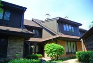 1932 Mission Hills Lane 7c Northbrook IL, 60062