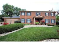 2437 Royalview Ct Cincinnati OH, 45244