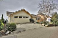6631 Glen Oaks Way Oakland CA, 94611