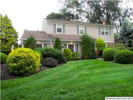 80 Galloping Cir Belford NJ, 07718