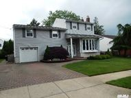 30 Whitlock St Plainview NY, 11803
