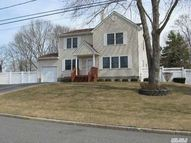 9 Bear Ln South Setauket NY, 11720