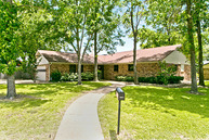 2 Post Oak Trail Greenville TX, 75402