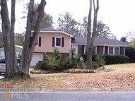 2860 Barrett Ct Powder Springs GA, 30127