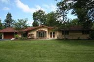 6111 Parkview Rd Greendale WI, 53129