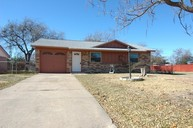 1613 Avenue A Grand Prairie TX, 75051